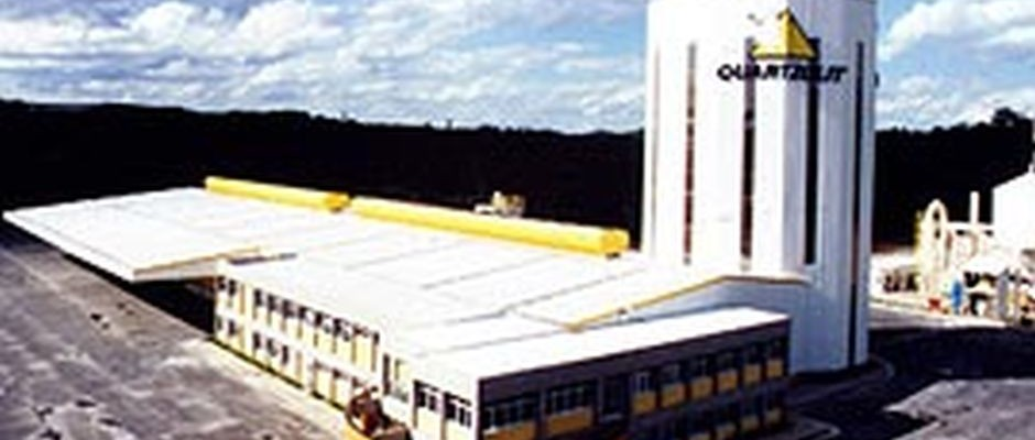 Fábrica da Quartzolit – Santa Luzia/MG
